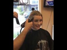 Buzz Cut Women, Hair Cutting Videos, Extreme Hair, Youtube, The Creator, Shopping, Living Room, Youtubers, Youtube Movies