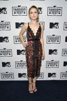 Rose Mciver at the MTV Fandom Awards, San Diego (21 July, 2016)                                                                                                                                                                                 More