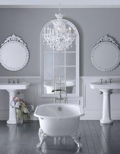 elegant bathroom! <3 love the color scheme