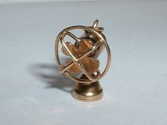 Vintage 14k Gold Moveable Table Fan Charm