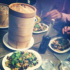Yoom #chinois (conseil dessert: boules de riz gluant au sésame noir dans une soupe au lait de coco et gingembre)