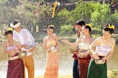 lễ hội té nước tại campuchia - Tìm với Google