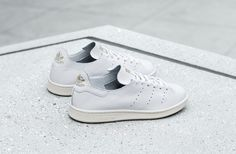 adidas Confers a One-Piece Leather Build to the Stan Smith