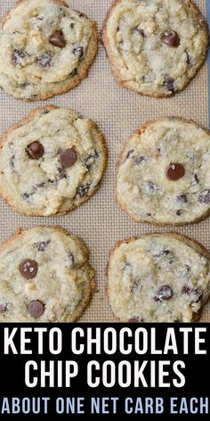 Keto Chocolate Chip Cookies (about 1 net carb) - Maebells This is the perfect Keto Chocolate Chip Cookie recipe! These low carb cookies are packed with dark chocolate chips and pecans all for only about one net carb each! Desserts Keto, Keto Dessert Easy, Keto Snacks, Keto Cookies, Cookies Et Biscuits, Recipe For Low Carb Cookies, Keto Chocolate Chip Cookie Recipe, Keto Chocolate Chips, Recipes With Chocolate Chips