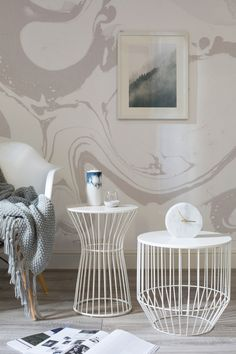 Calming neutrals in this marble wallpaper help to create a soothing atmosphere in your home. Grey and white swirls add character to your walls without overwhelming, giving you a sophisticated yet stylish space.