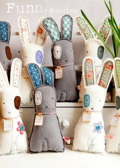 Sewing Crafts Toys funny bunnies by kelly. Knitting, sewing, and my life in Devon. Softies, Easter Crafts, Felt Crafts, Fabric Crafts, Sewing Toys, Sewing Crafts, Craft Projects, Sewing Projects, Craft Ideas