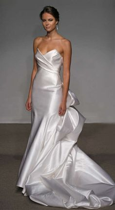 Ulla Maija 'Felicite' Satin Gown - Nearly Newlywed Wedding Dress Shop