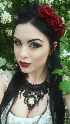 Exhilarating Jewelry And The Darkside Fashionable Gothic Jewelry Ideas. Astonishing Jewelry And The Darkside Fashionable Gothic Jewelry Ideas. Dark Beauty, Goth Beauty, Gothic Steampunk, Victorian Gothic, Gothic Lolita, Gothic Dress, Gothic Outfits, Gothic Girls, Goth Look