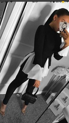50 Stylish Black And White Outfits Ideas For Women 50 Stylish Black And W. 50 Stylish Black And White Outfits Ideas For Women 50 Stylish Black And White Outfits Ideas For Women ausstattungen ausstattungen Business Casual Outfits, Classy Outfits, Stylish Outfits, Business Fashion, Formal Outfits, Looks Casual Chic, Classy Style, Comfy Casual, Casual Fall