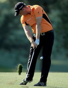Peter Hanson displays the perfect form and has him leading the 2012 Masters after 54 holes.