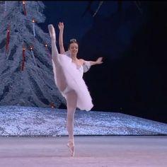 Ballet Gif, Ballet Dance Videos, Ballet Body, Dance Choreography Videos, Ballet Dancers, Ballet Pictures, Dance Pictures, Ballet Dance Photography, Cool Dance Moves