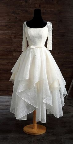 Vintage Tea Length Lace Wedding Dress A-line Scoop Neck With Appliques Lace - GemGrace.com