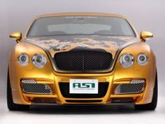 Video of a white gold Bentley, Mall of the Emirates, Dubai, United Arab Emirates.