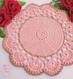 Tree Skirts, Crochet Projects, Christmas Tree, Holiday Decor, Crochet Shell Stitch, Crochet Storage, Crochet Pillow Covers, Cross Stitch Flowers, Crochet Doilies