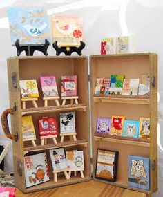 Inspired! Shelves in a suitcase
