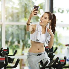 Como fazer exercíos durante o verão None, Fitness, Crop Tops, Fashion, Body Fitness, Physical Activities, Vape Tricks, Moda, La Mode