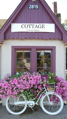 The Cottage store (antiques & vintage) in Vancouver, Washington • photo: Isabel Feist Lang on Maison Douce --- inspiration for colors, top area where paneling falls short