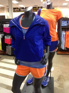 Women's #NIKE pops with colors and offers great lightweight options. #lukeslocker