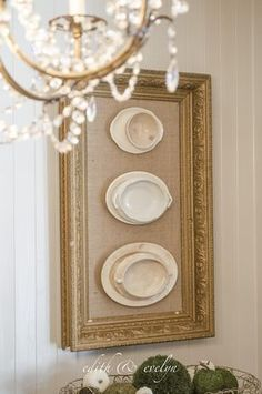 Framed Ironstone Framing vintage ironstone in an antique frame for instant vintage french glam! - Framed Ironstone - this is a clever way to decorate your space using cracked vintage ironstone, glue and an old gesso frame - via Edith and Evelyn Vintage Vintage Plates, Vintage China, Vintage Decor, Vintage Modern, 1950s Decor, Vintage Clocks, Vintage Ideas, French Country Style, French Country Decorating