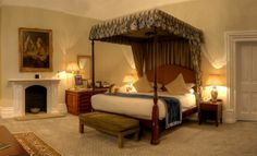 Menzies Welcombe Hotel, Spa & Golf Club | Hotels in Stratford-upon-Avon | Four Star Accommodation | Midlands | Four Poster Room