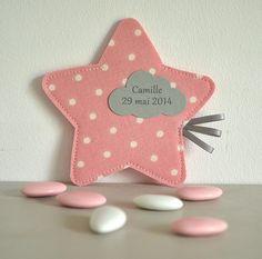 sur commande ballotin de dragées en forme d'étoile rose poudré : Autres bébé par bykiki
