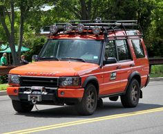 Land Rover Discovery G4 Challenge