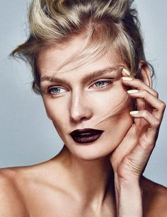 client. wienerin magazinephoto. philipp jelenskamakeup&hair. christopher kollermodel. zuzana straska @ exit model management