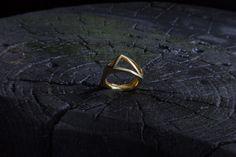 18k Gold Openwork Ring  Photography: Shaun Carmody Jewelry Box, Jewellery, 18k Gold, Sculpture, Rings, Photography, Jewellery Box, Jewel Box, Jewels