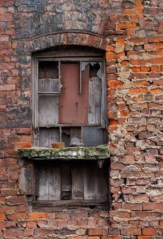 Does it get any better than red brick? Old Doors, Windows And Doors, Abandoned Buildings, Abandoned Places, Broken Window, Old Bricks, Looking Out The Window, Window View, Brick And Stone