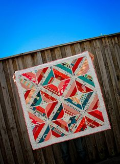things do get finished by Badskirt. She reworked the string quilt till she was satisfied. Star Quilts, Scrappy Quilts, Mini Quilts, Baby Quilts, Quilting Projects, Quilting Designs, Quilting Ideas, Sewing Projects, Bright Quilts