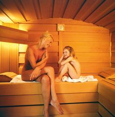 porriga kvinnor stockholm sauna