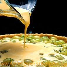Gooseberry and Creme Fraiche Tart (a set custard tart) Fruit Recipes, Sweet Recipes, Dessert Recipes, Cooking Recipes, Recipies, Egg Recipes, Healthy Recipes, Sweet Pie, Sweet Tarts