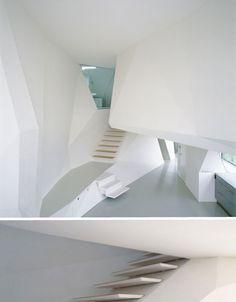 A white cave | Wolfgang Tschapeller Architect | Austria