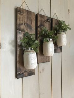 Fall Wall Sconce | Individual Mason Jar Sconce | Cream wall Sconce | Rustic Decor | Painted Mason Jar | Floral wall sconce Set of 3 Mason Jar/flower wall sconce ♥ INCLUDES ♥ - Set of 3 - Available with or without flowers (flowers may vary, but colors will be the same - seasonal) 1 -