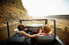 Check Out These 15 Top Country Driving Songs For Your Next Road Trip Country Music Playlist for Your Next Roadtrip Royal Caribbean, Snacks Road Trip, Road Trips, Road Trip Portugal, Travel Essentials, Travel Tips, Fun Travel, Vacation Travel, Vacations