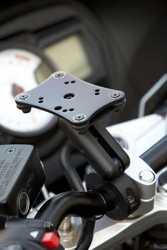 #AdaptivMount on a #Suzuki #GSX650F #AdaptivTech