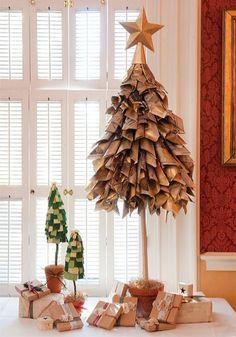 25 Increíbles y creativos árboles de navidad que fueron más allá de lo común