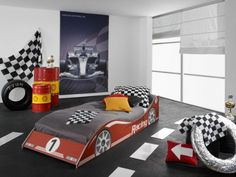 Car bed and cool Racecar theme
