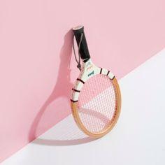 @pitch_zine - POST ー Lipstick, eyelashes, false nails and... - EnjoyGram