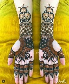 45+ Latest Mehndi Designs for Karva Chauth We Spotted In 2020 - SetMyWed Peacock Mehndi Designs, Latest Bridal Mehndi Designs, Full Hand Mehndi Designs, Modern Mehndi Designs, Henna Art Designs, Mehndi Design Pictures, Wedding Mehndi Designs, Dulhan Mehndi Designs, Latest Mehndi Designs