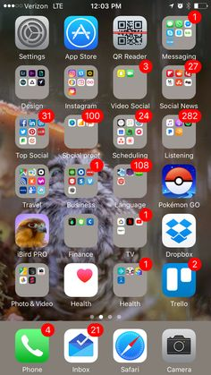 Iphone home screen layout, iphone layout, organize phone apps, phone organi Iphone Home Screen Layout, Iphone App Layout, Iphone Hacks, Tela Do Iphone, Organize Apps On Iphone, Applis Photo, Settings App, Phone Organization, Phone Photography
