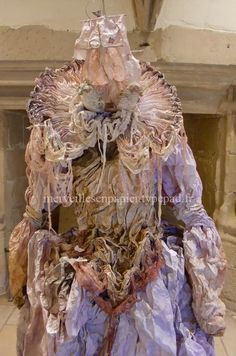 Robe en papier - Laetitia Miéral