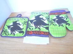 3 pc set Halloween kitchen towel pot holder oven mitt the Witch is in New! #Unbranded