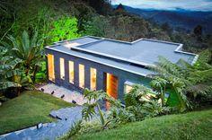 Casa Lago no Céu / David Ramírez Arquitectos