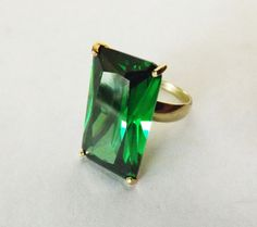 Modern Engagement Ring14 k Yellow Gold Green by BonTonJoyaux