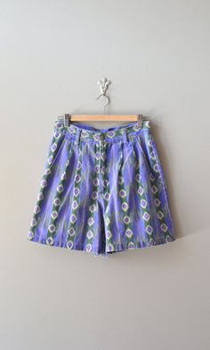 vintage 80s jean shorts / printed denim shorts / by DearGolden, $38.00