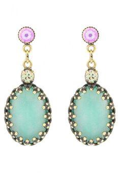 http://www.fashiondivadesign.com/wp-content/uploads/2013/04/Konplott-Earrings-green-640x923.jpg