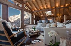 The stunning Chalet Amano — Chamonix, France, Luxury Ski Chalets, Ski Boutique Chalet Design, House Design, Bar Design, Chalet Chamonix, Alpine Chalet, Chalet Chic, Chalet Style, Ski Chalet Decor, Cabin Homes