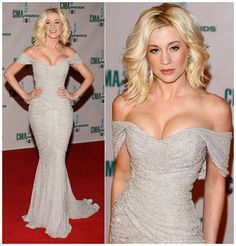 Kellie Pickler strutted the red carpet in a breathtaking ivory off-the-shoulder fishtail gown by Zuhair Murad from the Spring/Summer 2008 Collection