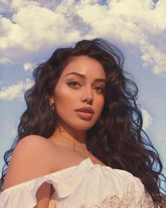 did a lil grwm of this look for 👼🏽 - Cindy Kimberly media photos videos Pretty People, Beautiful People, Kreative Portraits, Aesthetic Girl, Girl Photography, Hair Looks, Pretty Face, Hair Inspiration, Hair Inspo
